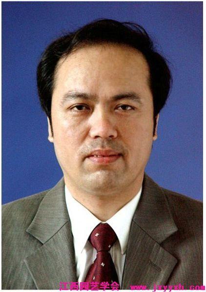 陈金印:男,1962年12月出生,博士、教授、南昌大学博士生